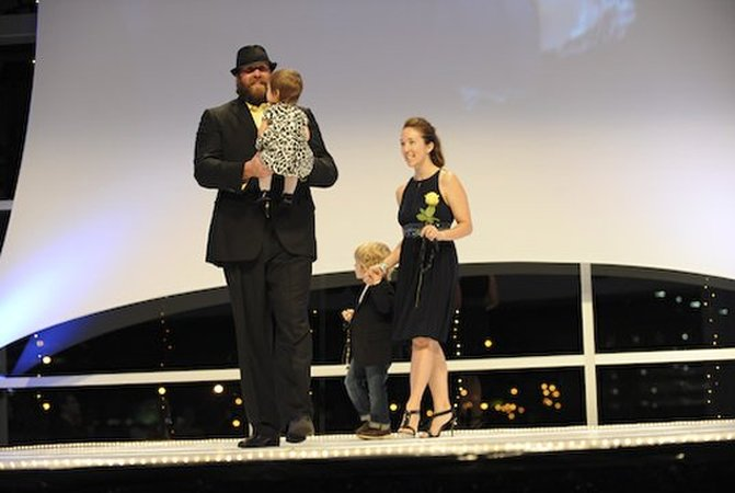 2011 FashionShowkr brett keisel and family 02  nfl medium 540 360.JPG