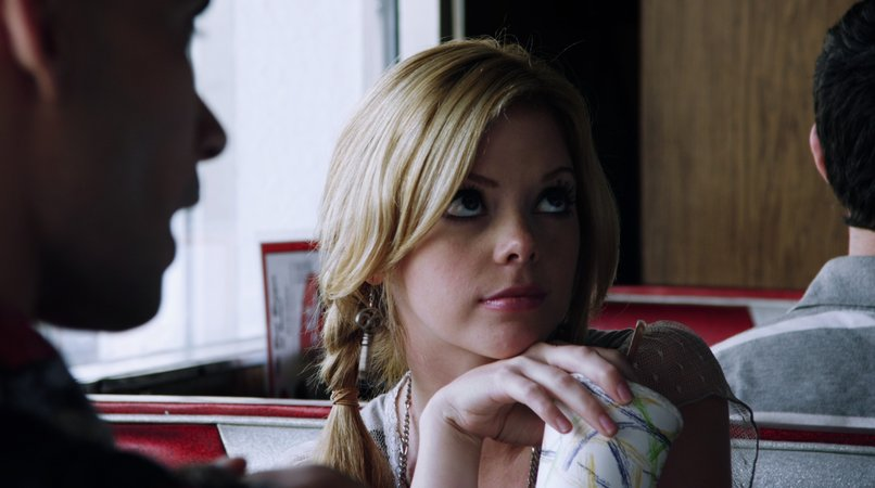 dreama walker
